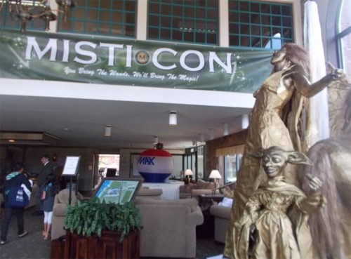 Harry Potter themed statue at MISTI-Con 2015